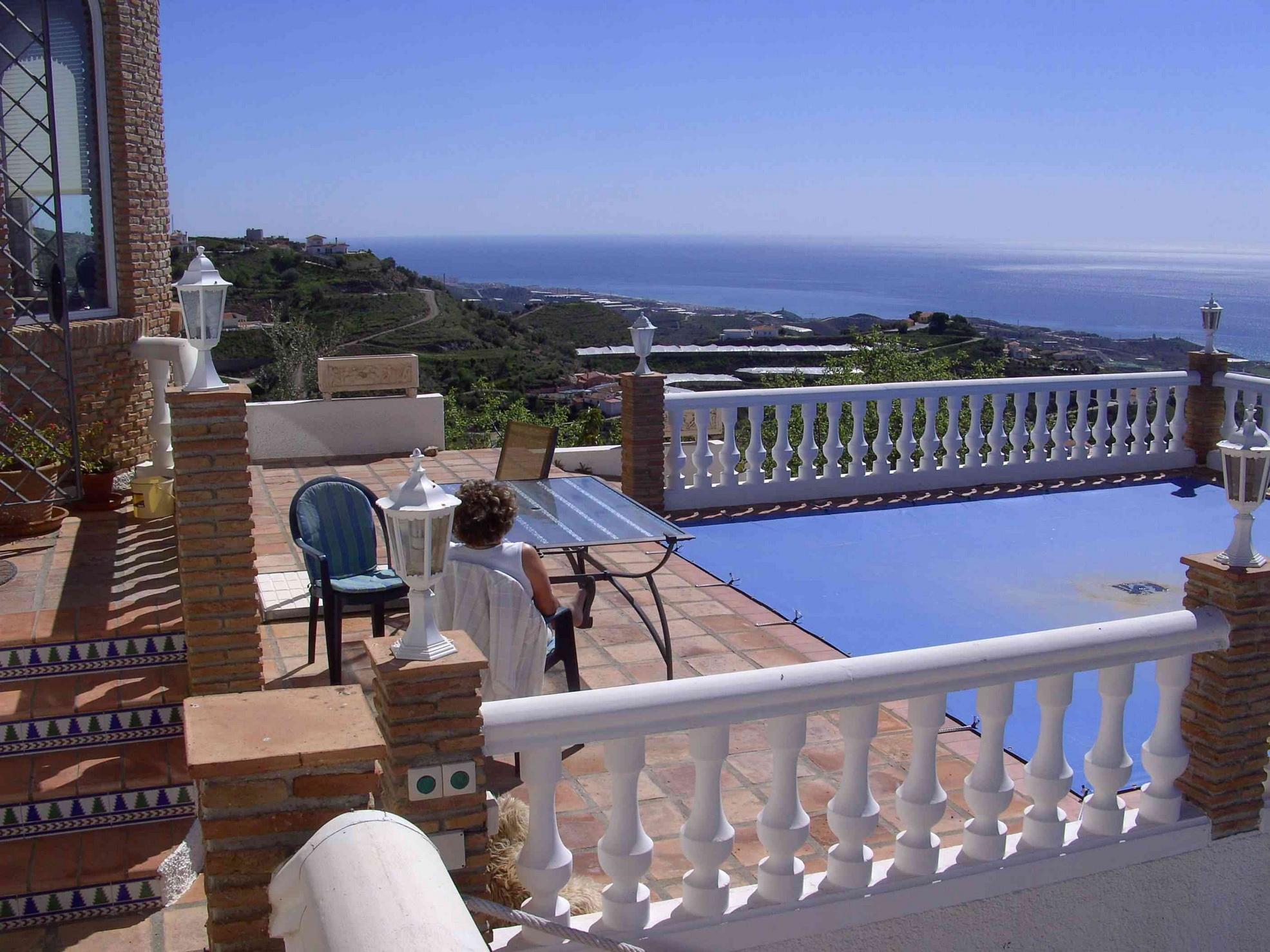 berwintern in spanien costa del sol. Black Bedroom Furniture Sets. Home Design Ideas